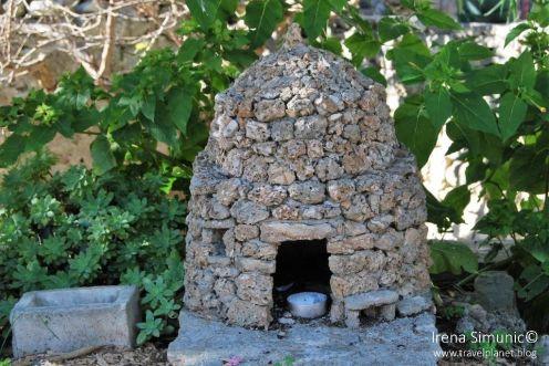 Dol - Stone hrapačuša