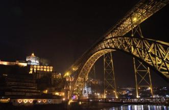 2017 12 06 Porto 1st day river night (156)